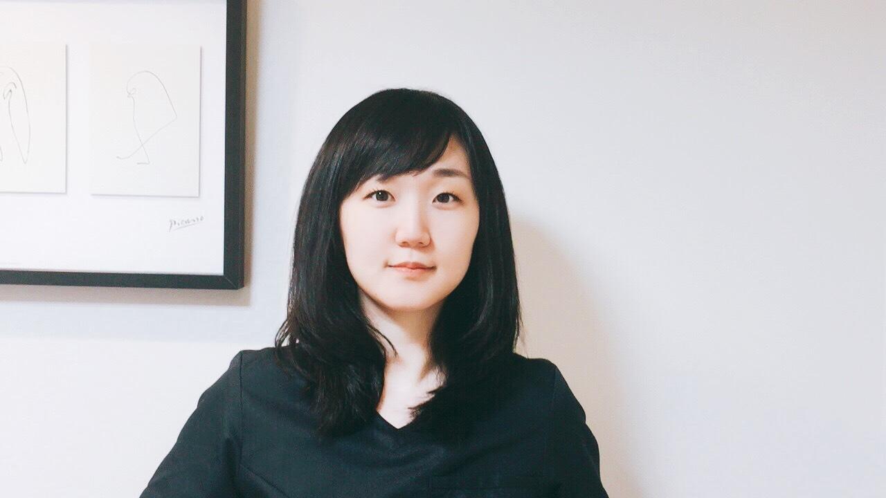 歯科医師 楡井里佳